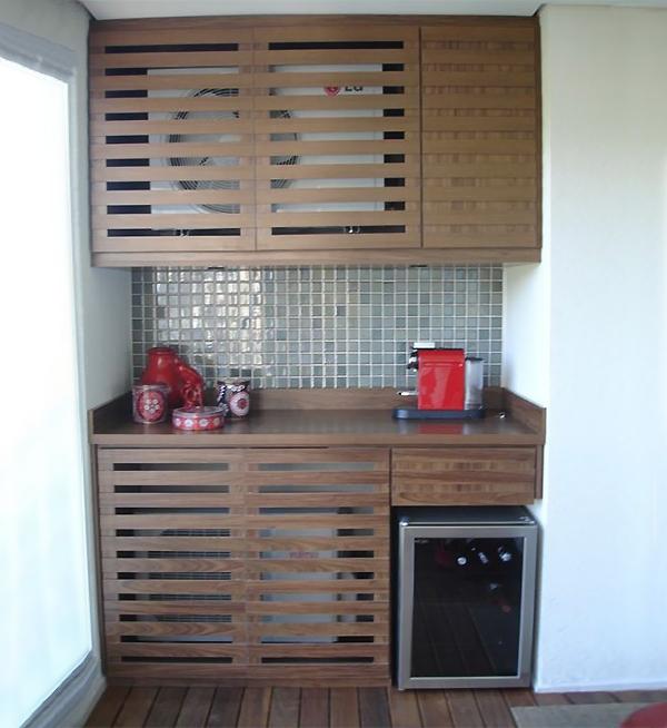 Bonitas ideas para ocultar el aire acondicionado exterior - Armario exterior caldera gas ...